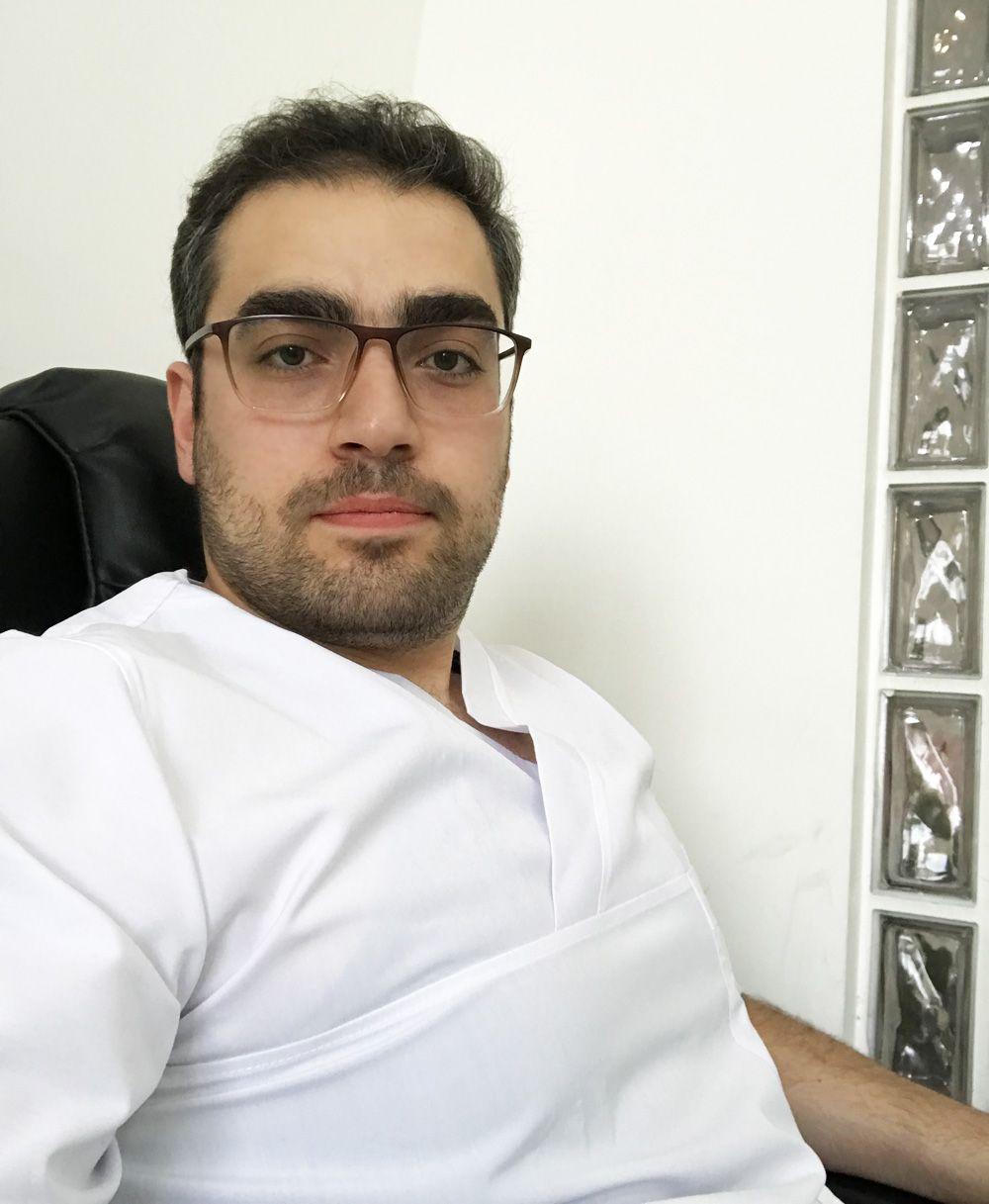 دندانپزشکی دکتر رضا واحدی فردیس کرج